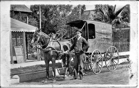 Turn of the century tamale cart in Los Angles, Ca.